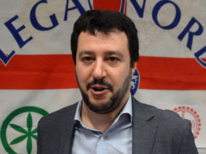 Migranti: Salvini, pronti a fermare fisicamente sbarchi