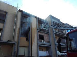 Vibo: incendio in appartamento, nessun ferito