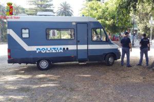 Polizia sventa furto in un bar a Reggio, 1 arresto e una denuncia