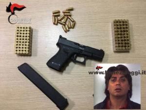 Armi: nascondeva pistola e munizioni, un arresto