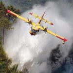 Incendi: diversi roghi nel Cosentino, impegnati mezzi aerei