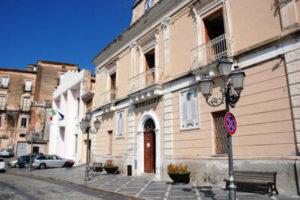 Ex sindaco e consigliere arrestati in Calabria