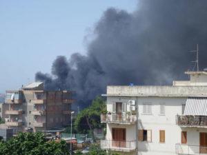 Incendi: fiamme minacciano frazioni Reggio Calabria