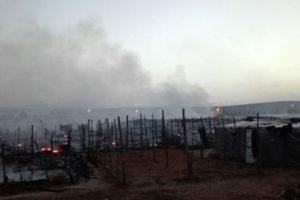 Migranti: incendio nella tendopoli San Ferdinando
