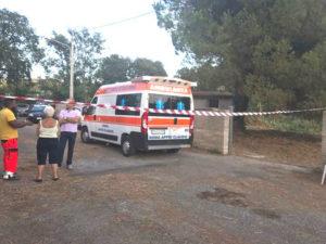 Bimbo di 4 anni ucciso a Anzio da cancello villa uscito da binari