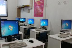 Ladri in azione nei licei di Cassano Ionio, rubati computer