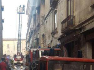 Incendio Cosenza: distrutte anche importanti opere e manoscritti