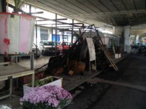 Incendio distrugge negozio di fiori a Cosenza