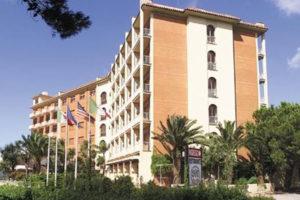 Lavoro: chiude lo storico Hotel 501 di Vibo, 40 licenziati
