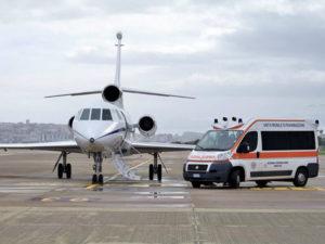 Aeronautica: voli sanitari urgenti per 2 neonate in pericolo vita