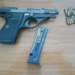 Armi: nascondeva pistola, ristoratore arrestato a Reggio
