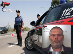 Aggredisce i carabinieri e viene arrestato per resistenza a p.u.