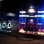 Auto in sosta distrutta dal fuoco nella notte a Catanzaro