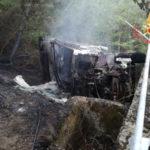 Camion fuori strada a Motta Santa Lucia, ferito conducente