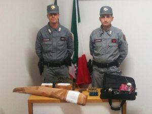 Caccia: quattro denunce a Castrolibero, sequestrati fucili