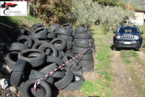 Gimigliano: sequestrata area e circa 200 pneumatici, una denuncia