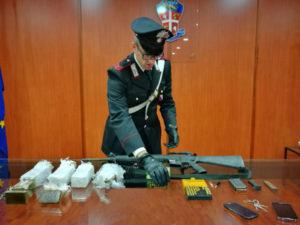Droga e armi: 43enne arrestato dai carabinieri nel cosentino