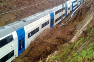 Maltempo: Calabria, guasti e rallentamenti sulla rete ferroviaria