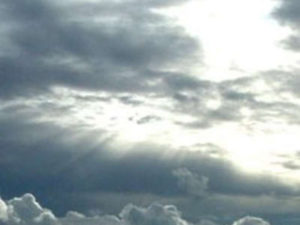 Il tempo: weekend di nubi e schiarite, domenica arriva il freddo