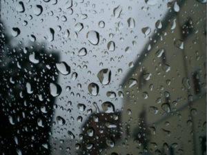 Il tempo: domani migliora al nord, piogge e temporali a centrosud