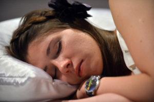 Salute: dormire meno di 8 ore aumenta rischio ansia e depressione