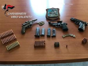 Armi e munizioni, un arresto e una denuncia a Vibo Valentia