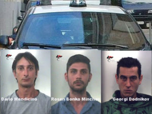 Aggredito e minacciato con ascia e motosega, 3 arresti a Falerna