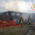 Di nuovo in fiamme lido distrutto da attentato a Catanzaro