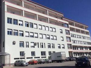 Salme in corridoio ospedale, proteste parenti nel Vibonese