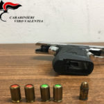 Pistola alterata e munizioni, sequestro e denuncia a Vibo