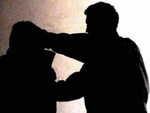 Giornalisti: videoreporter aggredito a Crotone, solidarieta' Fnsi
