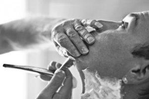 Non paga barbiere e tenta di ucciderlo, arrestato nel Siracusano