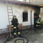 Incendio abitazione a Chiaravalle Centrale, muore donna