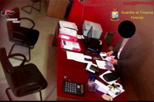 'Ndrangheta: Firenze, prestiti mascherati da fatture false