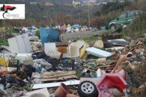 Ambiente:discarica abusiva su suolo Azienda ospedaliera Catanzaro