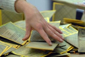 Elezioni: M5s, sorteggio scrutatori da liste disoccupati