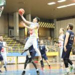 Pallacanestro: Basketball Lamezia vince e conquista la vetta
