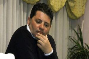 Commercio: Riccio, lungomare Catanzaro zona franca per abusivi