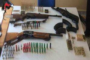 Armi: Carabinieri trovano fucili e munizioni nel Crotonese