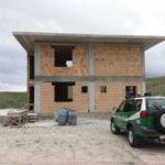 Abusivismo: fabbricato in costruzione sequestrato a Crotone