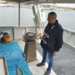Gasolio di contrabbando: Gdf sequestra peschereccio, 4 indagati