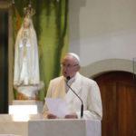 Soveria Mannelli: Papa Francesco benedice statua Madonna di Fatima