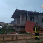 Maltempo: tetto divelto da forti raffiche nel lametino danni