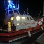 Migranti: 38 persone su barca soccorse al largo costa calabra