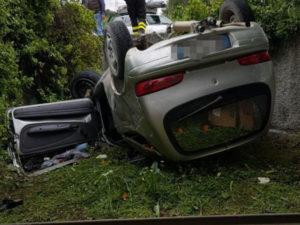 Incidenti stradali: donna muore nel Catanzarese, grave il marito