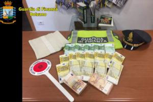 Riciclaggio: Gdf sequestra 300 mila euro a Vipiteno, 2 denunciati