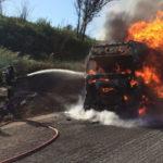 Autostrade: tir in fiamme, A2 bloccata tra Lamezia e Falerna