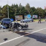 Incidenti stradali:  scontro sulla statale 106 tra moto auto due feriti