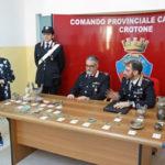Reperti archeologici trovati da Carabinieri in stalla nel Crotonese