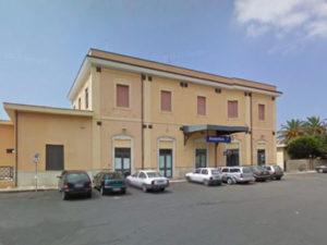 Palpeggia una ragazza, inseguito e denunciato dai carabinieri